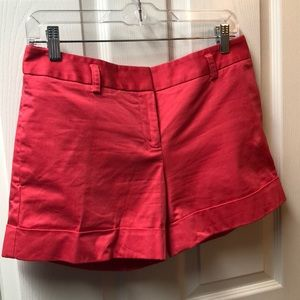 Coral color dress Express shorts with two pockets